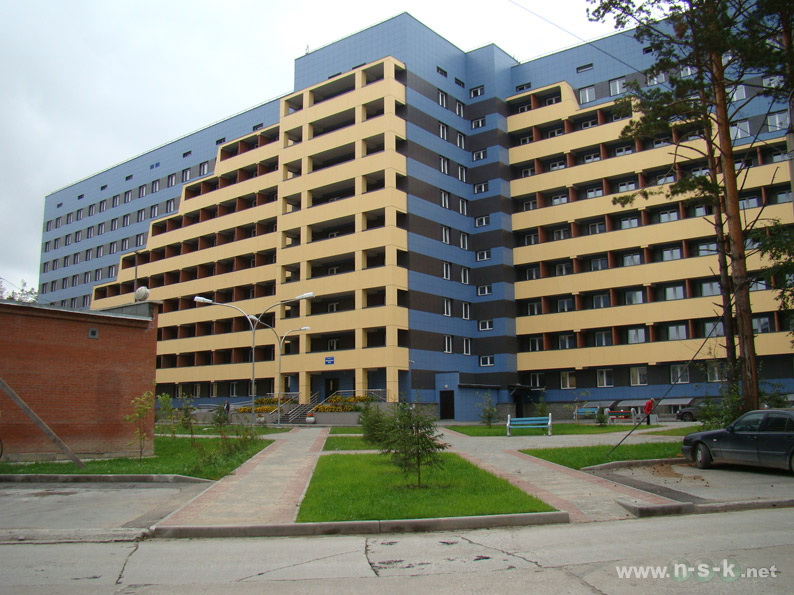 Общежитие студгородка НГУ